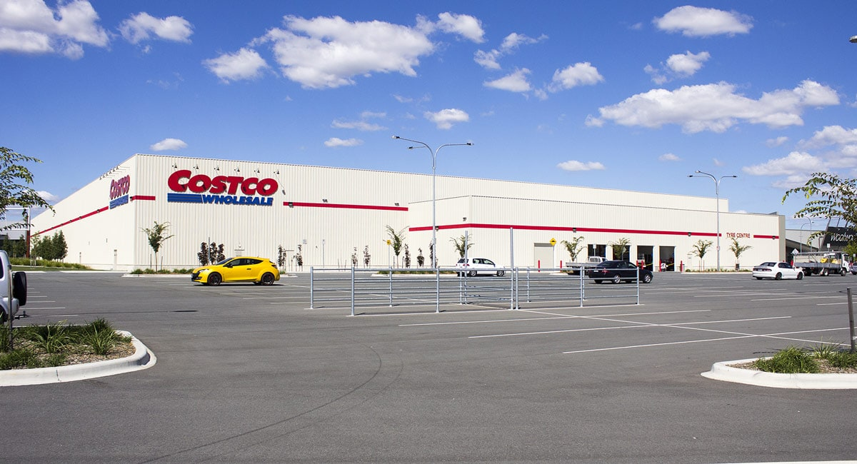 One of Costco's 649 locations (not the one where Albert worked). Source: Wikimedia Commons