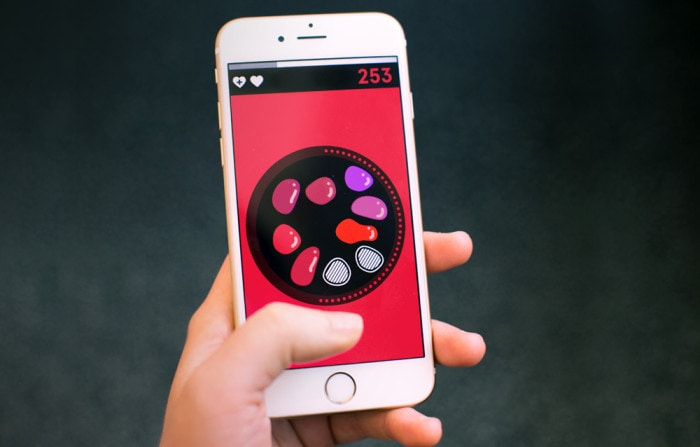 Specimen is a simple but addictive game that challenges players to match colors
